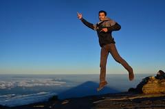 Ade Setiawan (qefy) Tags: hiking hijab gunung awan sahabat kuningan langit agustus mendaki bendera persahabatan liburan semangat merahputih jawabarat renungan ciremai kebersamaan pegunungan muncak gunungciremai puncakgunungciremai pendakiangunungciremai