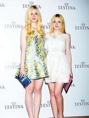 Dakota Fanning Twin (Sterijuanna) Tags: twins elle twin short clones tall clone dakota doppelganger fanning doppelgangers