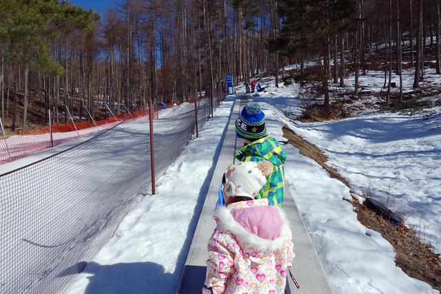 富士見高原スキー場の動く歩道