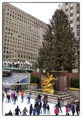 af1312_1275 (Adriana Fchter) Tags: street new york city nyc newyorkcity usa snow ny newyork building brooklyn america manhattan rockefellercenter neve empirestatebuilding gothamist topoftherock predios adrianafuchter