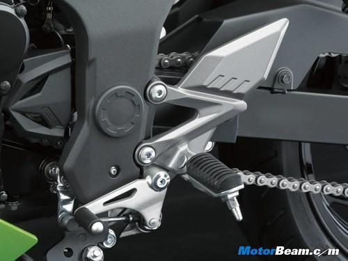 Kawasaki-Ninja-RR-Mono-Foot-Pegs