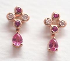 パパラチアサファイアのピアス  Padparadscha Sapphire ,Pink Sapphire and Diamond pierced earrings   (jewelrycraft.kokura) Tags: pink gold sapphire ピアス padparadscha ダイヤモンド ピンクゴールド サファイア ピンクサファイア パパラチアサファイア