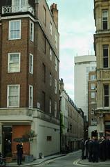 London, England (timotical) Tags: england london digital ed nikon nikkor vr afs dx f3556g 18105mm d7000