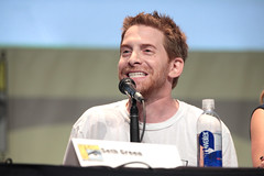 Seth Green (Gage Skidmore) Tags: california chris sky man green wil alan felicia michael seth san comic day nathan nolan north diego center barry convention pj casper billy mindy sterling van tricia alison bishop con hardwick brooks wheaton fillion helfer 2015 trucco tudyk dien haislip haarsma
