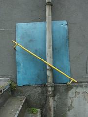 Unser Hafen soll schner werden (mkorsakov) Tags: blue yellow stairs grey grau treppe gelb wtf blau hafen dortmund nordstadt geometrie handlauf