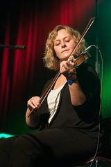 Leanne Aucoin – Forty Years Strong: A Celebration of Strings & Song – 10/19/13 (photo: Murdock Smith)