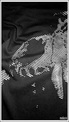 MEDIOCRE .HALFTONE STENCIL ON T-SHIRT (MEDIOCRE_MASSAKRE) Tags: street art playground cane graffiti stencil italia post bad tshirt halftone morte brains bianco nero meccanico righe naso geometria mediocre allegria ossa stoffa linee decomposizione pieghe tessuto effetto cotone fauci mezzetinte mezzitoni massakre grinze