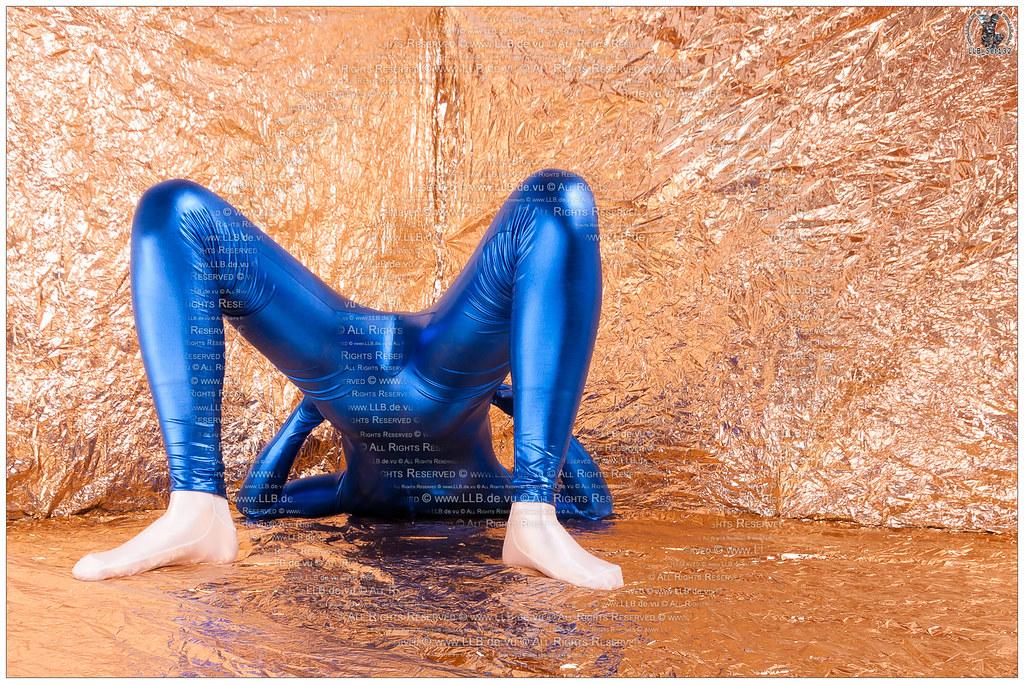 golden blue III [+25,000 views] (llbdevu) Tags: blue boy man