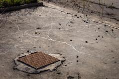 Paseos nocturnos (SantiMB.Photos) Tags: street espaa abandoned calle trails ground kdd snails caracoles catalua suelo sallent abandonado rastros 2tumblr sortidazz sal18250