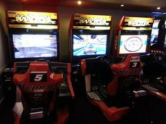 Trois bornes Scud Rage  la Tte dans les Nuages (Dacobah) Tags: arcade borne bornes latetedanslesnuages