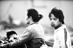 2012vnsg (1-2-3 cheese) Tags: bw bokeh candid streetphotography vietnam travelphoto congan chuplen