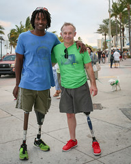 20131225 5DIII Fort Lauderdale Christmas9 (James Scott S) Tags: life christmas street red people green art beach metal canon shoes day dof legs florida bokeh fort room character leg fake sigma double nike tennis single lauderdale disabled motivation fl strength 35 handicap amputee prosthetic a1a elbo 2013 5diii