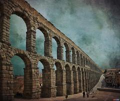 cuando el Sur representaba el Imperio y el Norte la barbarie.. (jesuscm) Tags: spain nikon aqueduct textures segovia acueducto textur