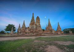 Full Moon Over Wat Chaiwatthanaram (Rkitichai) Tags: travel architecture landscape thailand temple twilight outdoor culture buddhism wanderlust fullmoon thai historical attraction ayutthaya bluehours phranakornsriayutthaya travelnutzmn