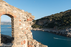 Seascape at Porto Venere (Manuel73) Tags: portovenere la spezia italy italia sp sea seascape town lights blie nikon nikond5500 liguriansea window water travel nature boats boat sunny sun