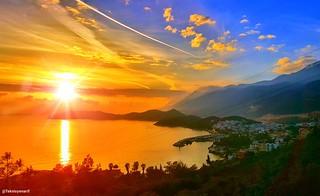 Kaş orman işletme tarafından şahane bir günbatımı yakaladık 🌞🌞🌞📷 Kaş sunset 🌞🌞🌞📷  1�#sunset 2�#ormanişletme  3�#günbatımı 4�#city 5�#clouds 6�#goodevining