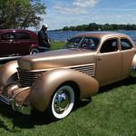 1937 Cord 812 Beverly Sedan thumbnail