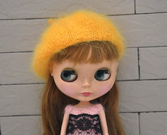 New (@susa@) Tags: bigeyes doll top knit blythe etsy beret susa designed blacklace dolllover