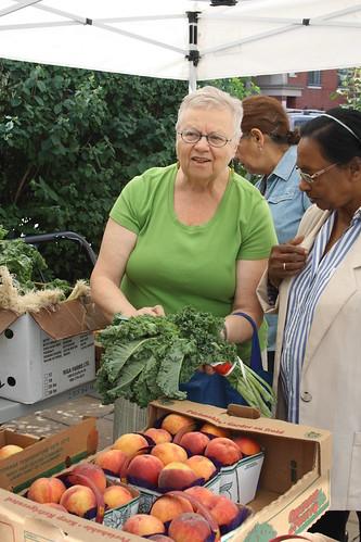 Peach Festival and Farmers' Market - 140 Merton Street - August 17, 2012 (9)