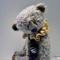 Mekare Bears Greystone FA (mekare_nl) Tags: teddy bears mohair teddybear artistbear mekare mekarebears