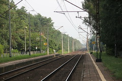 Toru Czerniewice train station 25.07.2013 (szogun000) Tags: railroad station canon tracks poland polska rail railway platforms pkp toru kujawskopomorskie kuyavianpomeranian canoneos550d canonefs18135mmf3556is d2918 toruczerniewice