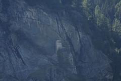 Burgruine - Ruine der Burg - Grottenburg Marmels am Julierpass in den Alpen - Alps im Kanton Graubünden in der Schweiz (chrchr_75) Tags: castle history schweiz switzerland ruins suisse swiss ruin august ruine ruina ruinas castelo christoph svizzera castello château 城 castillo linna burg ruiner kasteel rovine geschichte festung rovina burgruine ruínas zamek mittelalter suissa graubünden grisons slott ruïne ruiny 廃墟 chrigu руины burganlage ruïnes grigioni 2013 grischun wehrbau rauniot bündner chrchr hurni kantongraubünden chrchr75 chriguhurni albumburgruinengraubünden albumgraubünden chriguhurnibluemailch albumschweizerschlösserburgenundruinen hurni130830 albumzzzz130830ausfluggletschermühlencavaglia