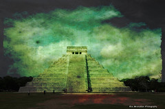 kukulcan pyramid (Rex Montalban Photography) Tags: mexico chichenitza mayanarchitecture thecastle hss kukulcanpyramid rexmontalbanphotography sliderssunday