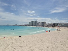 "Cancun Beach • <a style=""font-size:0.8em;"" href=""http://www.flickr.com/photos/36070478@N08/10255738726/"" target=""_blank"">View on Flickr</a>"