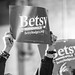 Betsy Hodges for Minneapolis Mayor signs