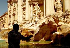 un buen deseo... (vitofonte) Tags: italy rome roma italia wish deseo fontanadetrevi vitofonte vigilantphotographersunite vpu2 vpu3 vpu4 vpu5 vpu6 vpu7 vpu8 vpu9 vpu10