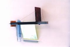 Grünen faichen Feld  ( 2000 ), acier, plexy, film métallique, boulons,nylon, peinture; il y a une partie mobile. (emmanuelviard75) Tags: films nylon bois acier plexy