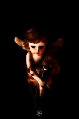 nene (Tona Morales) Tags: macro art mxico nikon foto morelia arte angeles zombie colores bebe soledad fuego fotografia peleas caravaggio pintura diversion oscuridad ansiedad miradas piel inerte pocaluz nikond90 enojoiralocuratradicion trajafuego