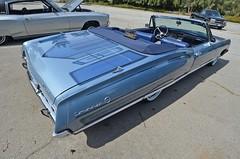 LOS BOULEVARDOS Car Show (KID DEUCE) Tags: cruise lake classic car club los antique cc hotrod bomb lowrider streetrod customcar kustom 2014 boulevardos
