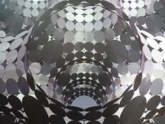 black&white (eilahtan161) Tags: bw munich licht illusion 70er punkte schwarzweis