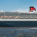 "Queen-Mary2-II-3344-Bearbeitet.jpg • <a style=""font-size:0.8em;"" href=""http://www.flickr.com/photos/99701133@N07/14275226121/"" target=""_blank"">View on Flickr</a>"