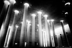 Säulenhalle (JanJungerius) Tags: berlin berlijn deutschland germany duitsland krematorium crematorium krematoriumbaumschulenweg architektur architecture architectuur säulen columns zuilen zwartwit schwarzweis blackandwhite monochrome nikond750 tamronsp2470mm spiritofphotography ngc