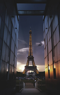 Sunset on the Eiffel tower in Paris