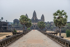 Angkor Wat. (bgfotologue) Tags: 2017 500px angkor angkorkingdom angkorwat asia bgphoto bayon buddhist cambodia chenla heritage historical image imaging khmer landscape life photo photography siamese siemreap southeastasia spsara tourist travel tumblr bellphoto 亞洲 人文 佛教 吳哥 吳哥窟 攝影 旅行 旅遊 暹粒 東南亞 柬埔寨 歷史 風光 風景 高棉