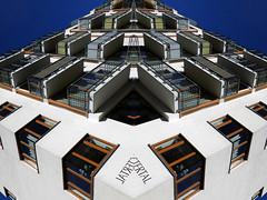 Siam Twins (Ed Sax) Tags: art kunst edsax hamburg architektur white green blue kunstphotographie photokunst photoart bild abstrakt spiegelung fluchtpunkt perspektive