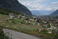 La Fontaine (bulbocode909) Tags: suisse maisons villages vignes valais fully