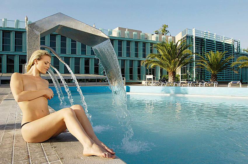 The world 39 s best photos by victoria terme hotel tivoli - Parco tivoli piscina ...