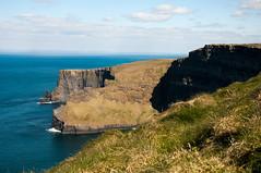 On the Edge (wenzday01) Tags: ocean travel ireland water nikon clare cliffs atlantic cliffsofmoher nikkor atlanticocean moher countyclare northatlantic éire d90 nikond90 18105mmf3556gedafsvrdx