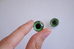 Ojos realistas verdes