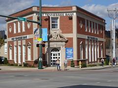 First Tennessee Bank---Chattanooga, Tn. (bamaboy1941) Tags: chattanooga tn banks cornerentrance