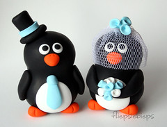 Penguin Wedding Cake Topper (fliepsiebieps_) Tags: wedding cute penguin penguins couple polymerclay figurines clay customized caketopper custom whimsical weddingcaketopper weddingcaketoppers fliepsiebieps