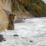Ostseestrand unterhalb der Kreidefelsen bei Stubbenkammer auf Rügen (03) thumbnail