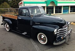 1953 Chevrolet 3100 Pickup Truck (Custom_Cab) Tags: white chevrolet window up truck design whitewalls 5 five deluxe cab pickup chevy half walls pick advance gmc ton 1953 advanced 1300 3100
