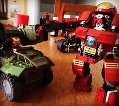 Ironman vs Harley Quinn #megablocks #lego #hulkbuster #halo #ironman #lego #bricks #legoblocks #legobuilder #legobrick #hpxtreme #hpxtremetoys #legobatmanmovie #legobatman (Hpxtreme) Tags: lego marvel ironman hulkbuster hpxtremetoys hpxtreme instagramapp square squareformat iphoneography