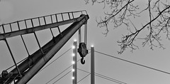 Triangles (TablinumCarlson) Tags: available light staiv leica m m240 inside langzeitbelichtung hafen hafenbecken düsseldorf duesseldorf dusseldorf nrw nordrheinwestfalen deutschland germay medienhafen düsseldorfhafen binnenhafen rheinland north rhinewestphalia media harbor rhine tower time exposure bulb bridge brücke brückenhaus handelshafen harbour rhein fluss rheinufer rheinuferpromenade kran hafenkran retirement ruhestand rente summicron crane port explore explored zoll zollhafen blau blue sw schwarz weis black white bw triangles triangle dreieck dreiecke 90mm