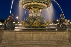 Fontaine des Fleuves (nuit) (fafaboy) Tags: paris canon concorde 5d nuit canon5dconcordefontaineparisspia